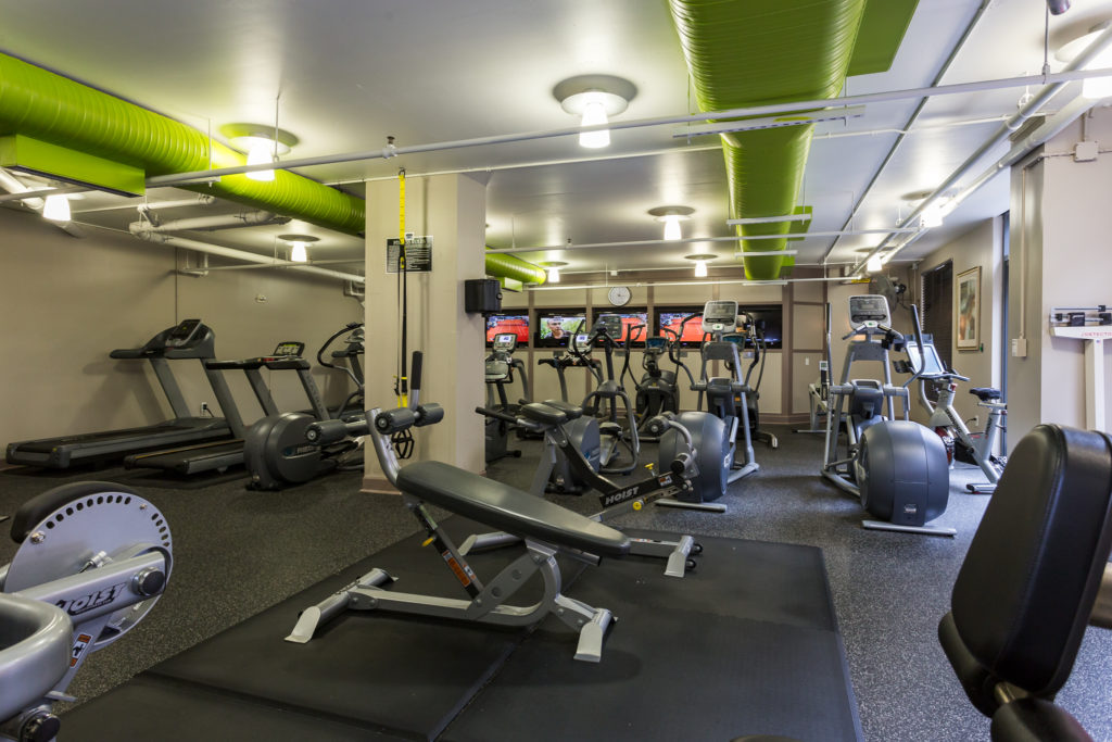 Clarendon 1021 fitness center