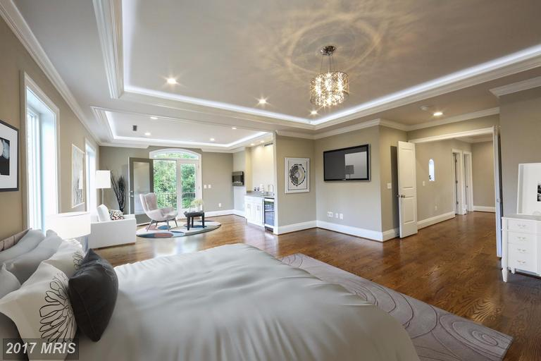 2015 s arlington ridge rd master bedroom